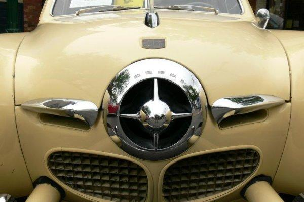 Front View Studebaker Bullet Nose Grill Picture
