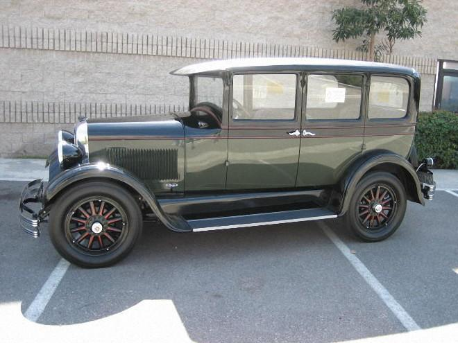 Left Side Green 1928 Studebaker Dictator GE Car Picture