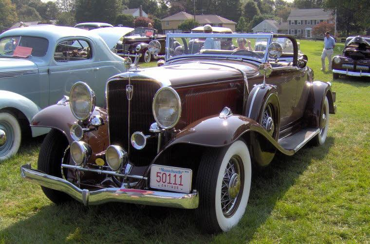 Front Left Maroon 1931 Studebaker President Roadster Car Picture