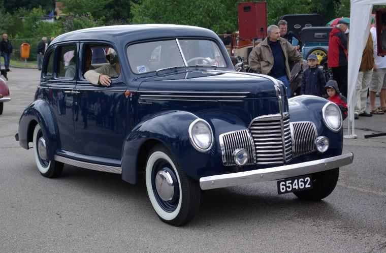 Front Right Blue 1939 Studebaker Champion Car Picture