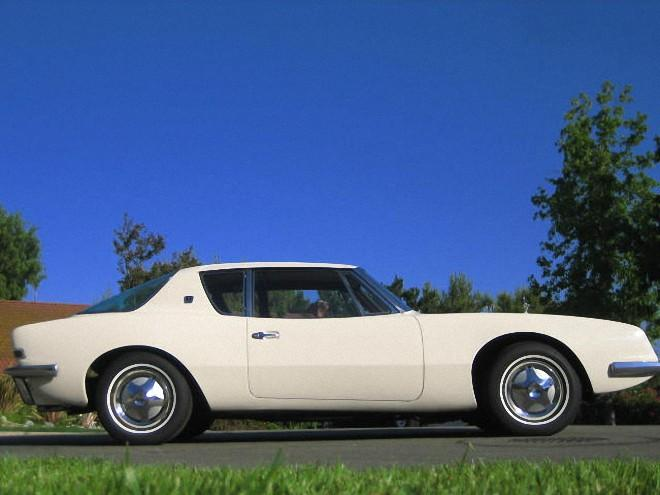 Right Side White 1964 Studebaker Avanti Car Picture