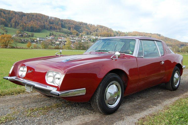 Front Left Studebaker Avanti Sports Car Picture